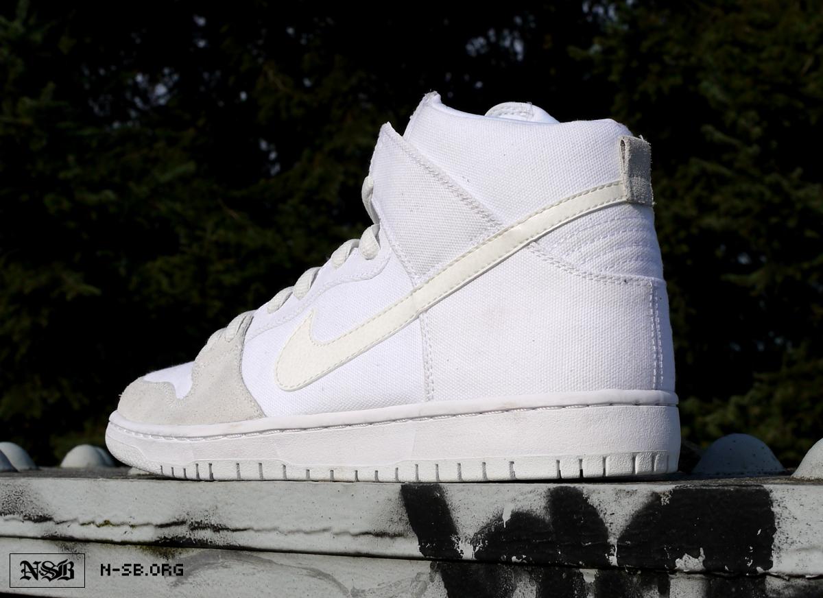 Juguetón paquete Preferencia  Nike Dunk High Pro SB White/Metallic White