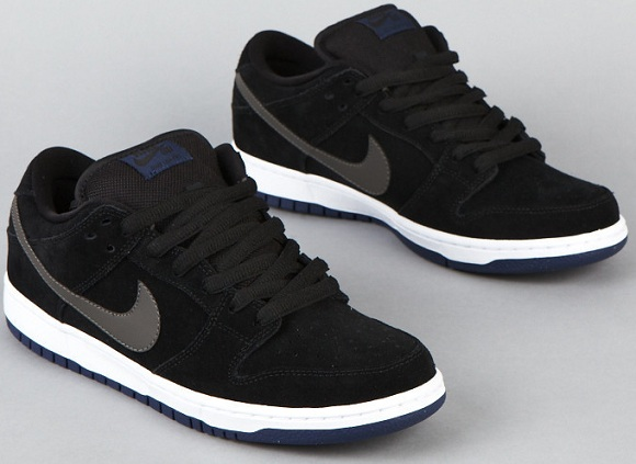 nike air dunks low