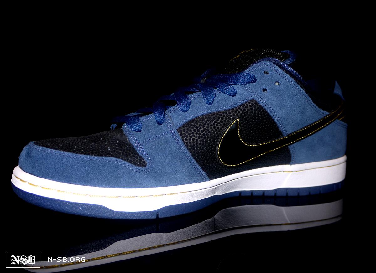 Nike SB Dunk Low Camo Olive Black Gum Supreme 854866-209 Mens 8-13 6b5c1d95a7a1