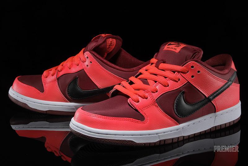 best service 2a888 93ee9 Nike Dunk Low Pro SB Color Laser CrimsonBlack-Team Red Style 304292-606