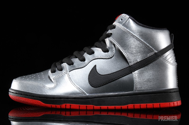 check out af1b6 4d38a Nike Dunk High Pro SB