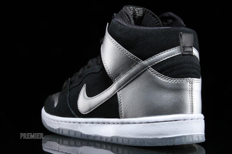 wholesale dealer 12325 02132 Nike Dunk High Pro SB Color: Black/Black-Metallic Silver Style: 305050-023.  Price: $100.00