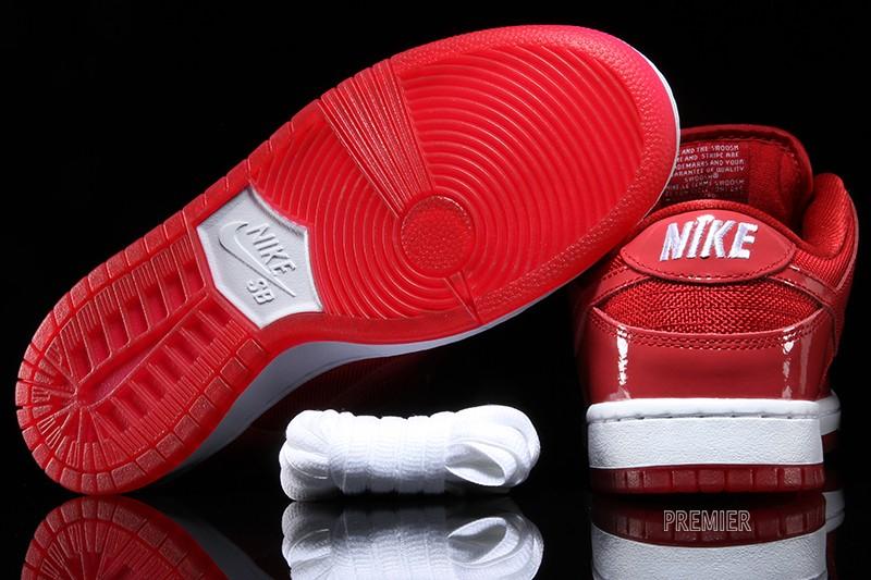 Nike Sb Atasco De Espacio De Color Rojo Dunk Low oHv1m