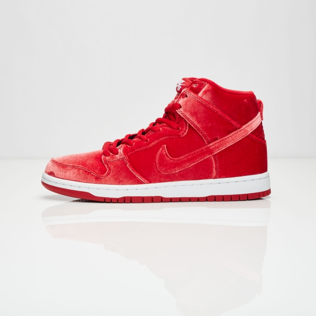 nike dunk high sb red velvet
