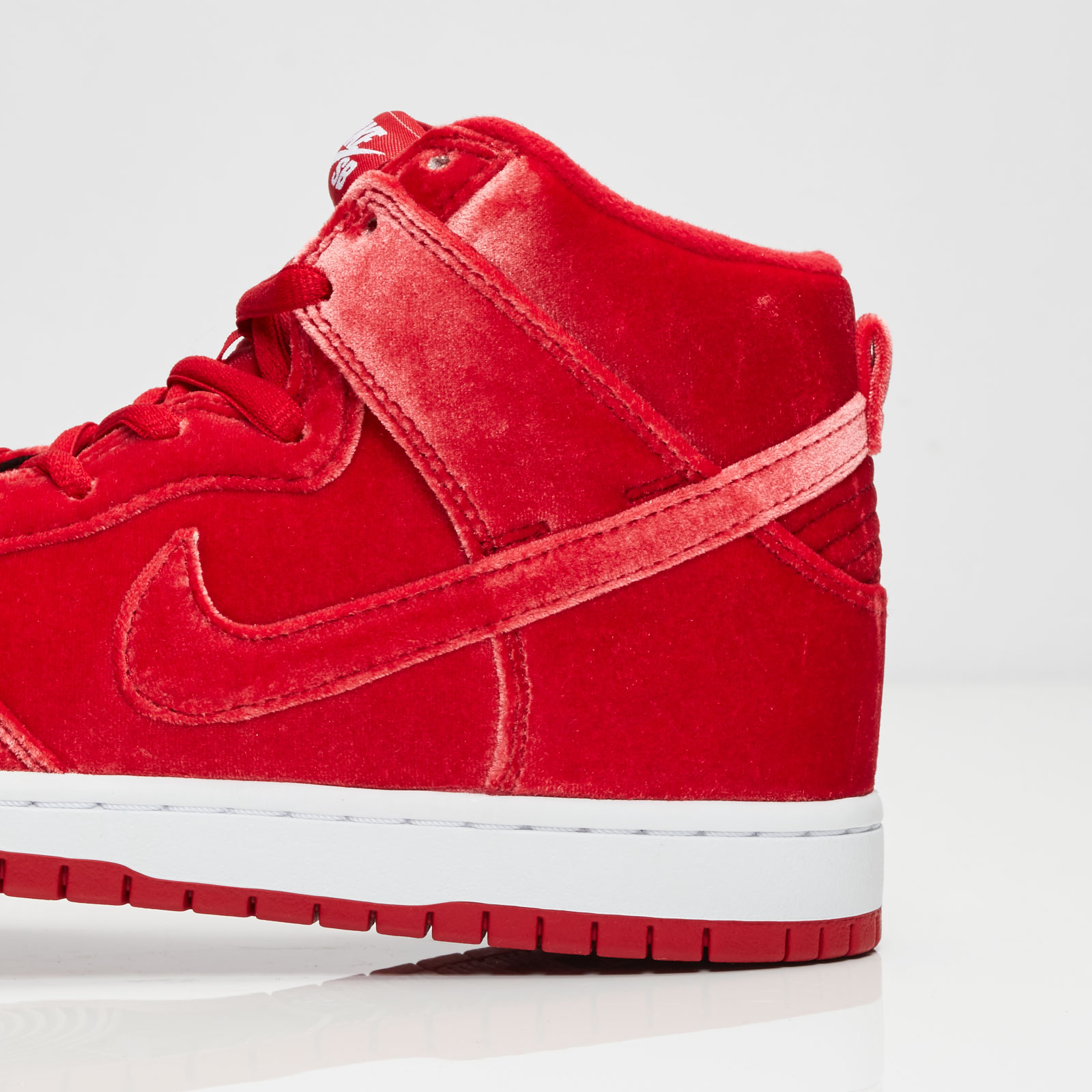 best authentic b713c b60be Nike Dunk High SB Red Velvet - Air 23 - Air Jordan Release Dates,  Foamposite, Air Max, and More