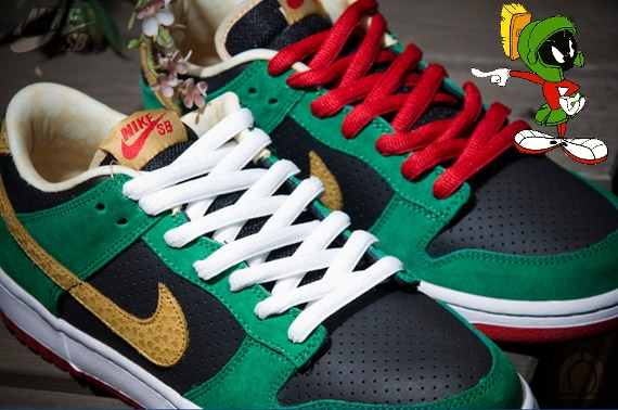 Marvin The Martian Shoe Laces