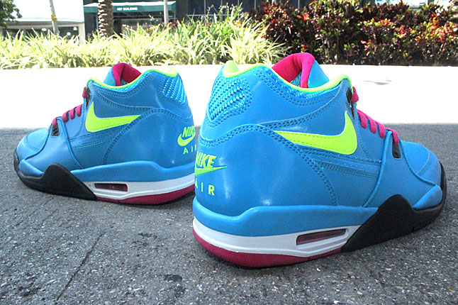 "Nike Air Flight '89 ""London"""