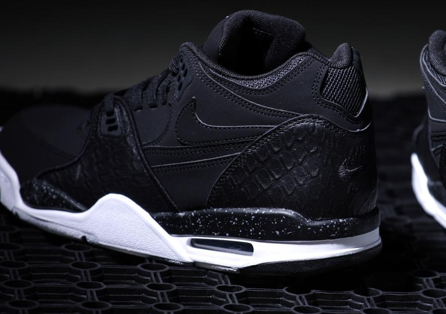 Nike Air Flight 89 Black White
