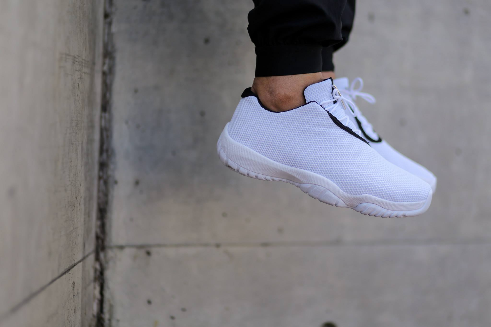 new arrival d6782 59ad6 New Red Black White Air Jordan Future Low 718948-600 Mens Size 12