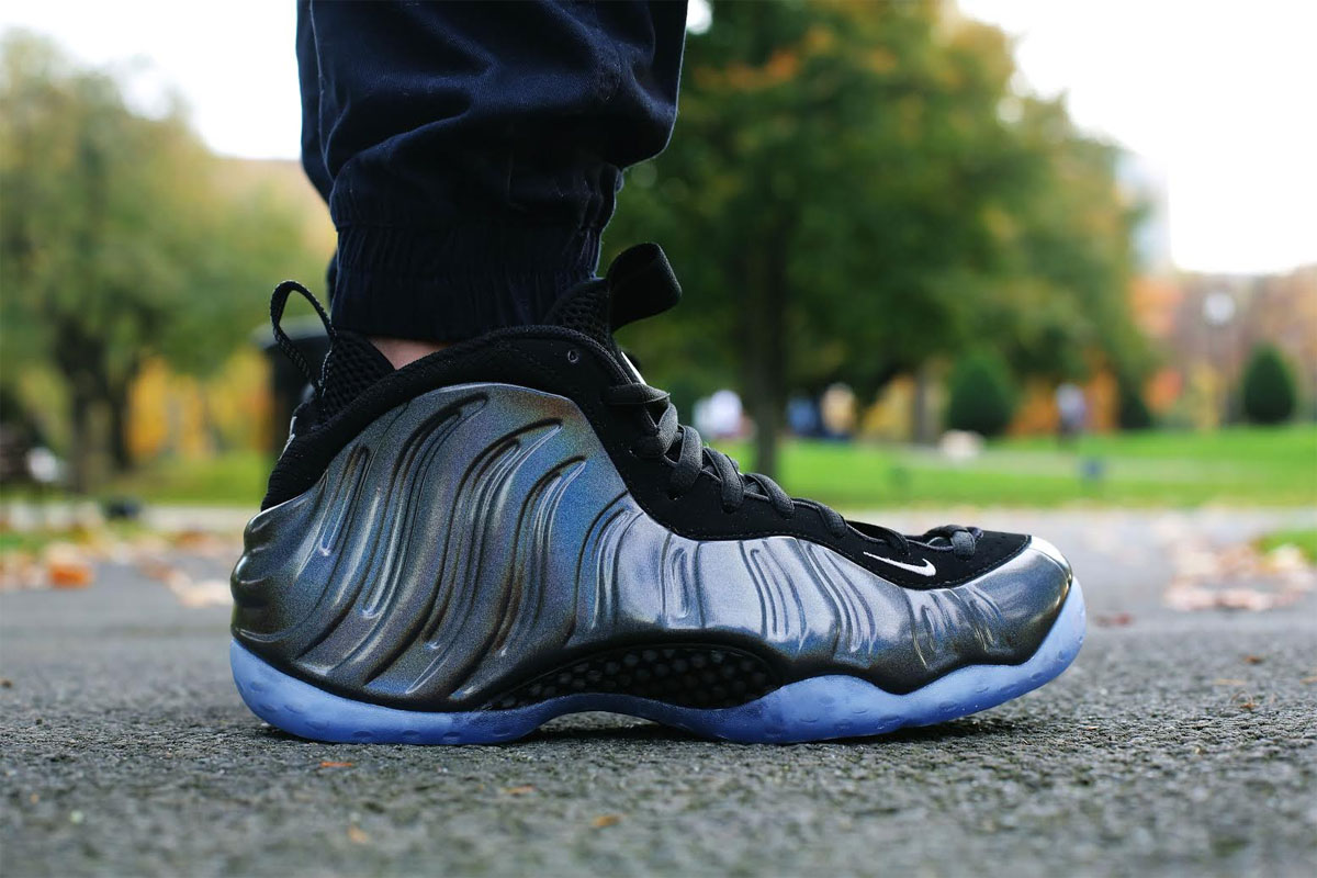 a8836ca5cc8aa Nike Air Foamposite One Hologram Release Date