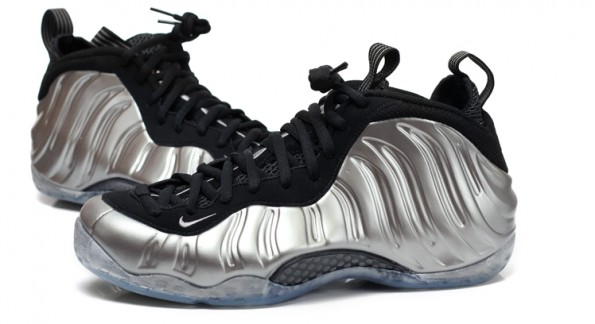 classic fit ee7a2 d3ea3 Here s the link to the auctions. Nike Air Foamposite One Color  Metallic  Pewter Black