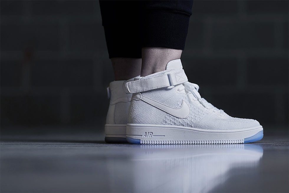 newest 1bce4 eb0cc air force one white high knitted nike shoes