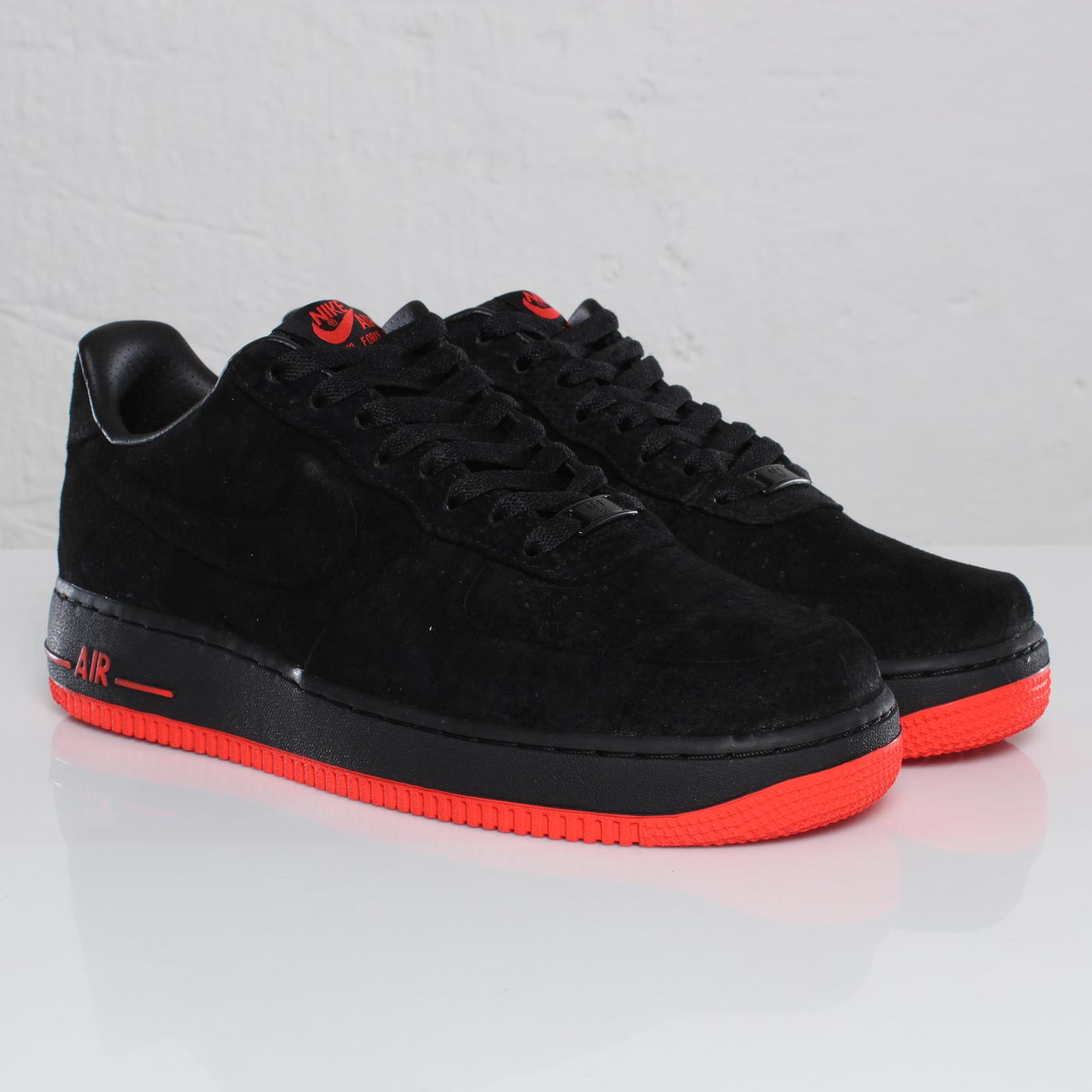 Air Force 1 Black And Red