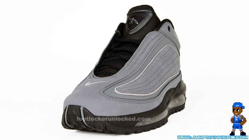 a2d35f630e Used Worn Size 9 Nike Air Griffey Max 2 II Shoes Black, White, Fresh Water