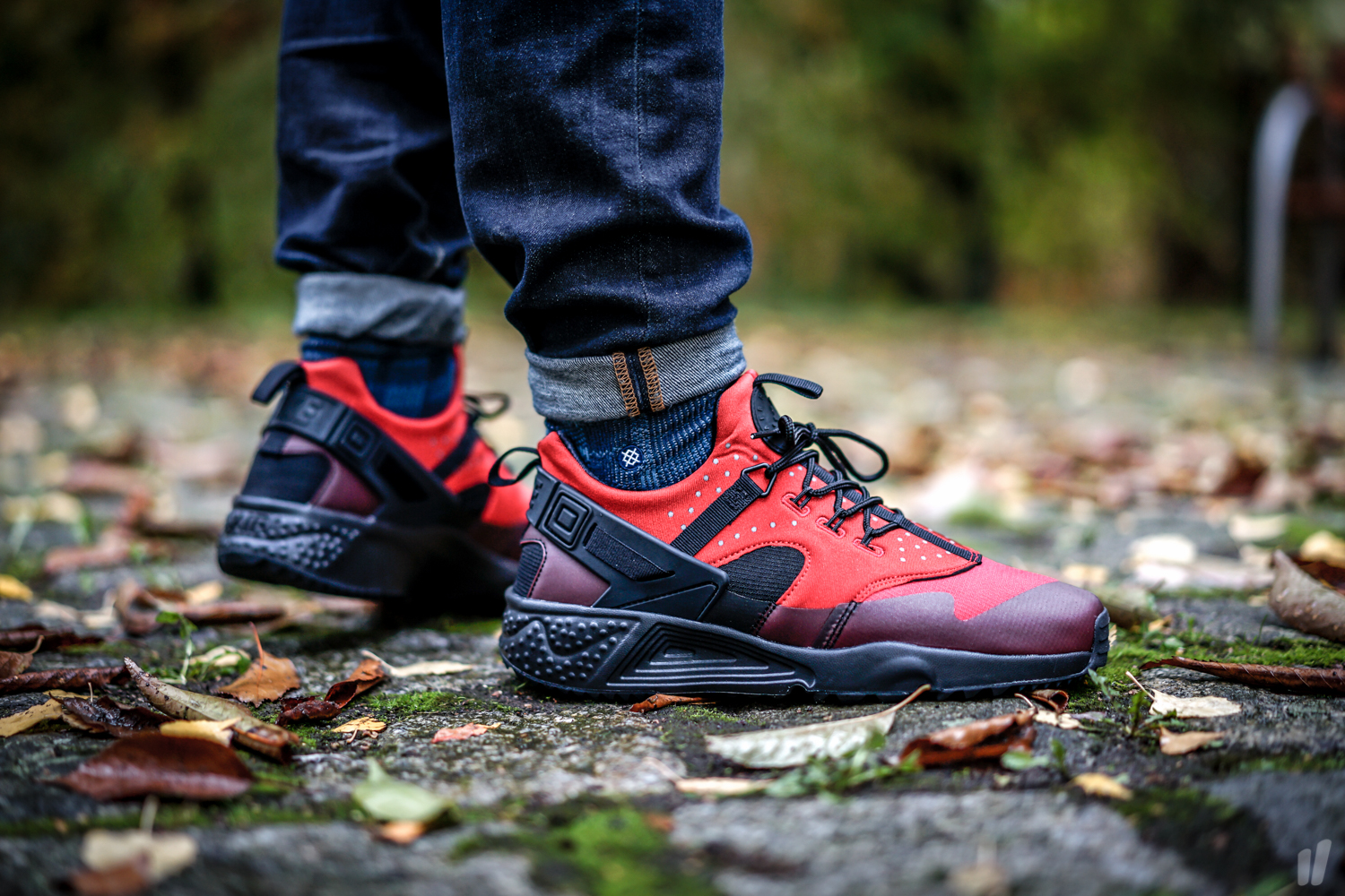 4b64acc0c71c Nike Air Huarache Utility Color  Gym Red Black Style  806807-600. Price    125.00