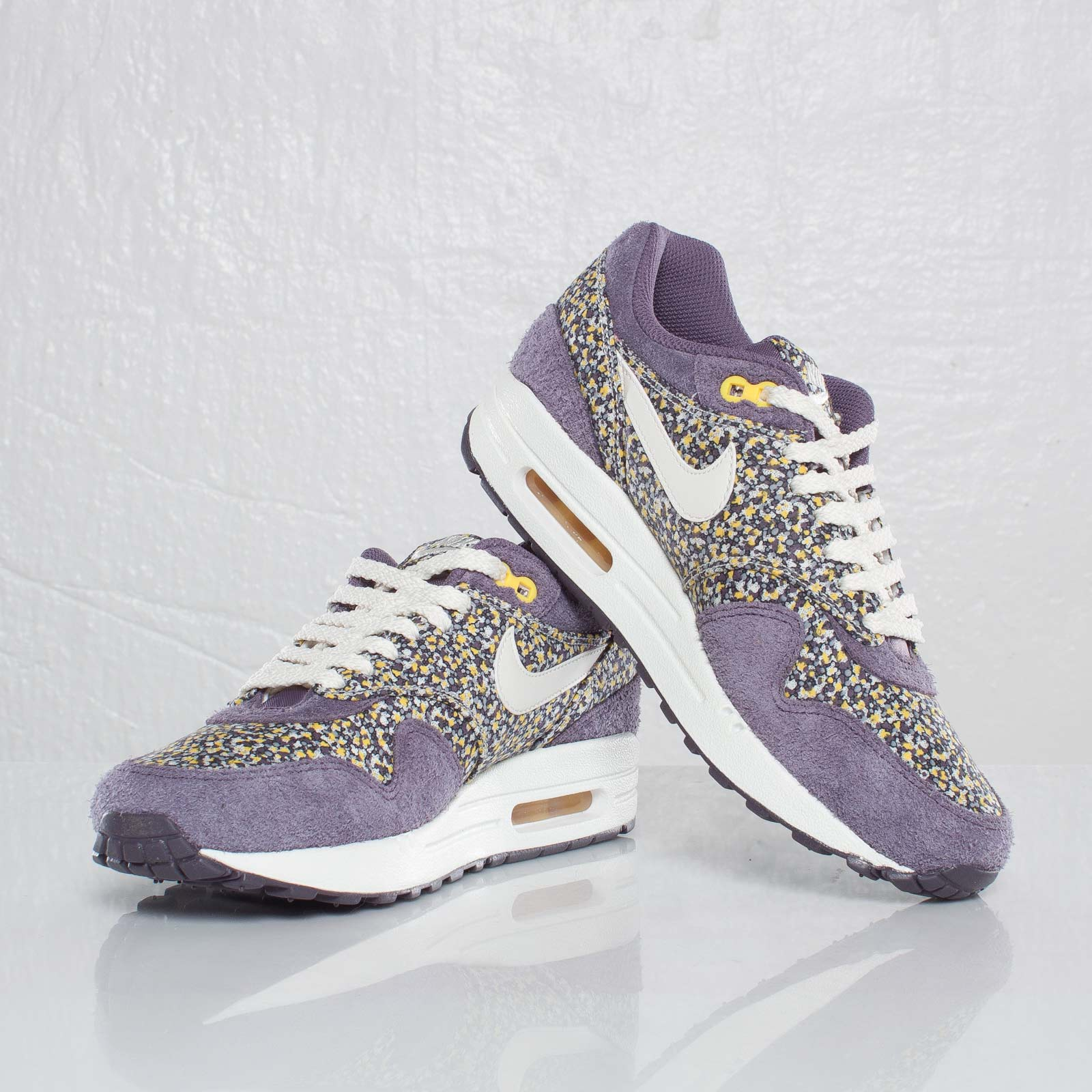 competitive price ee1a5 9b03a ... australia womens nike air max 1 liberty of london pepper floral 72050  a87ce