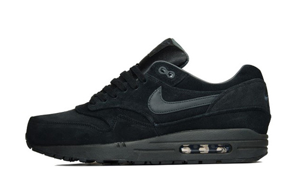 f0a3f5fdebd Here s a look at 12 Nike Air Max 1 Premium colorways