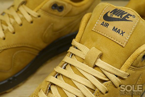 Nike Air Max 95 Sneakerboot Sz 9 Flaxbrown ale Sail 806809 201