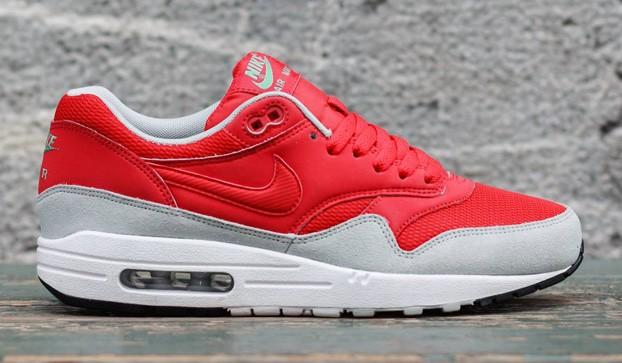 f757298b56a3 Nike Air Max 1 Essential