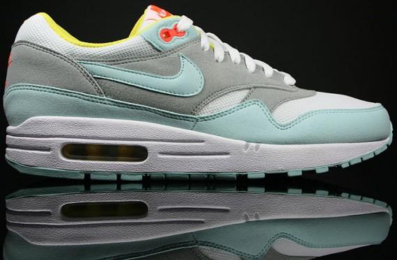 Nike Womens Air Max 1 JulepWhite Matte Silver Air 23