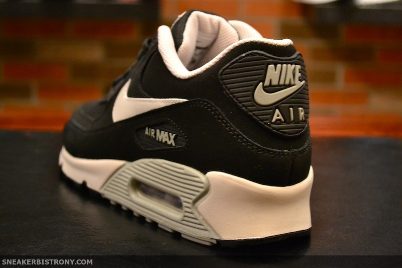 Nike Air Max 90 Essential BlackMortar Mine Grey