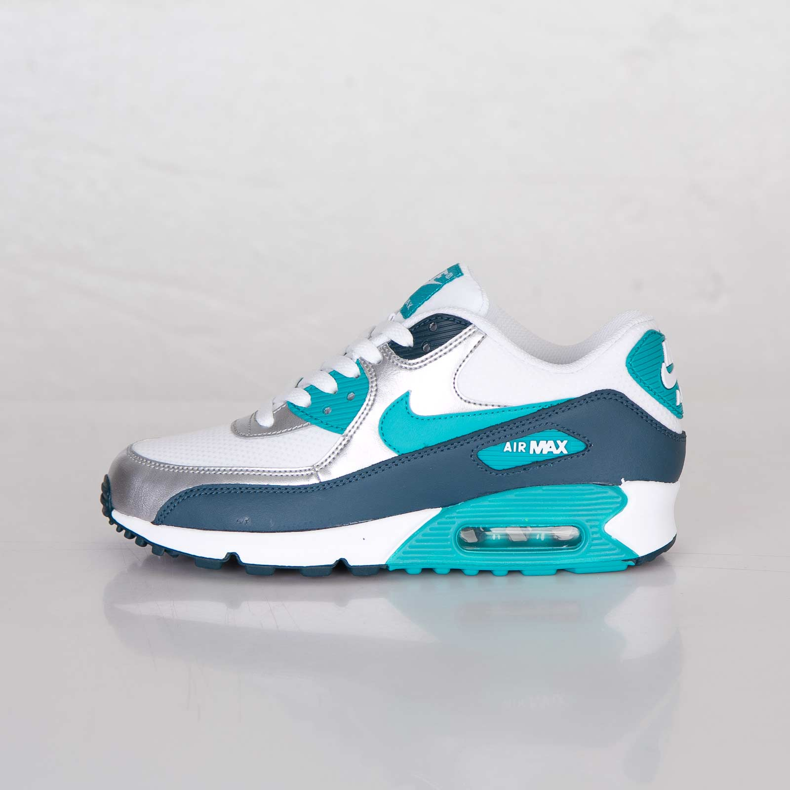 nike air max 90 essential turbo green night shade. Black Bedroom Furniture Sets. Home Design Ideas