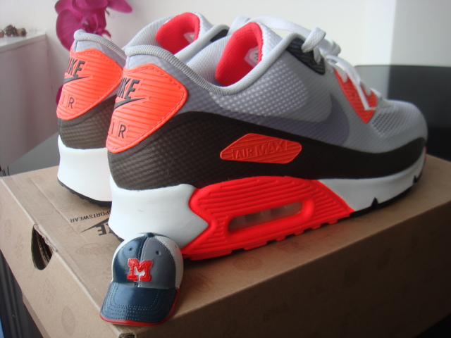 Air Max 90 Hyperfuse Black And Red