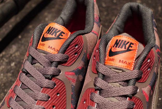 Nike Air Max 90 Premium Tape
