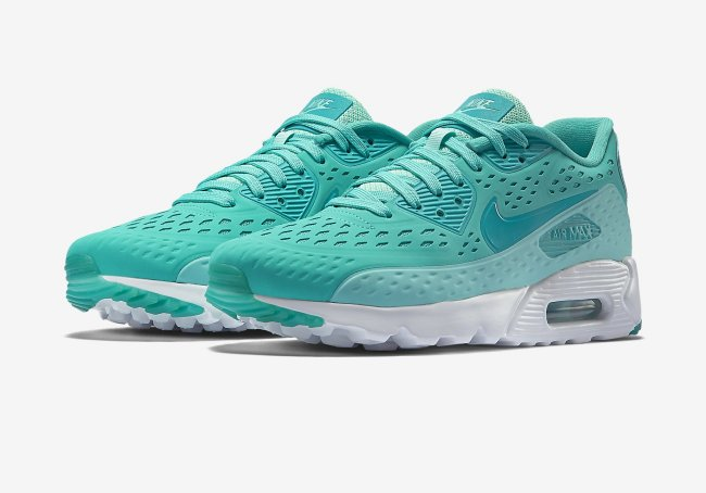 new arrival 3a53e 56754 Click here to get the Nike Air Max 90 Ultra Breathe on eBay. Nike Air Max  90 Ultra BR Color  Light Retro Artisan Teal-White-Turbo Green