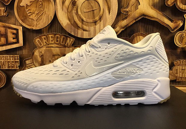 Nike Air Max 90 Ultra 2.0 | Ultra Upgraded