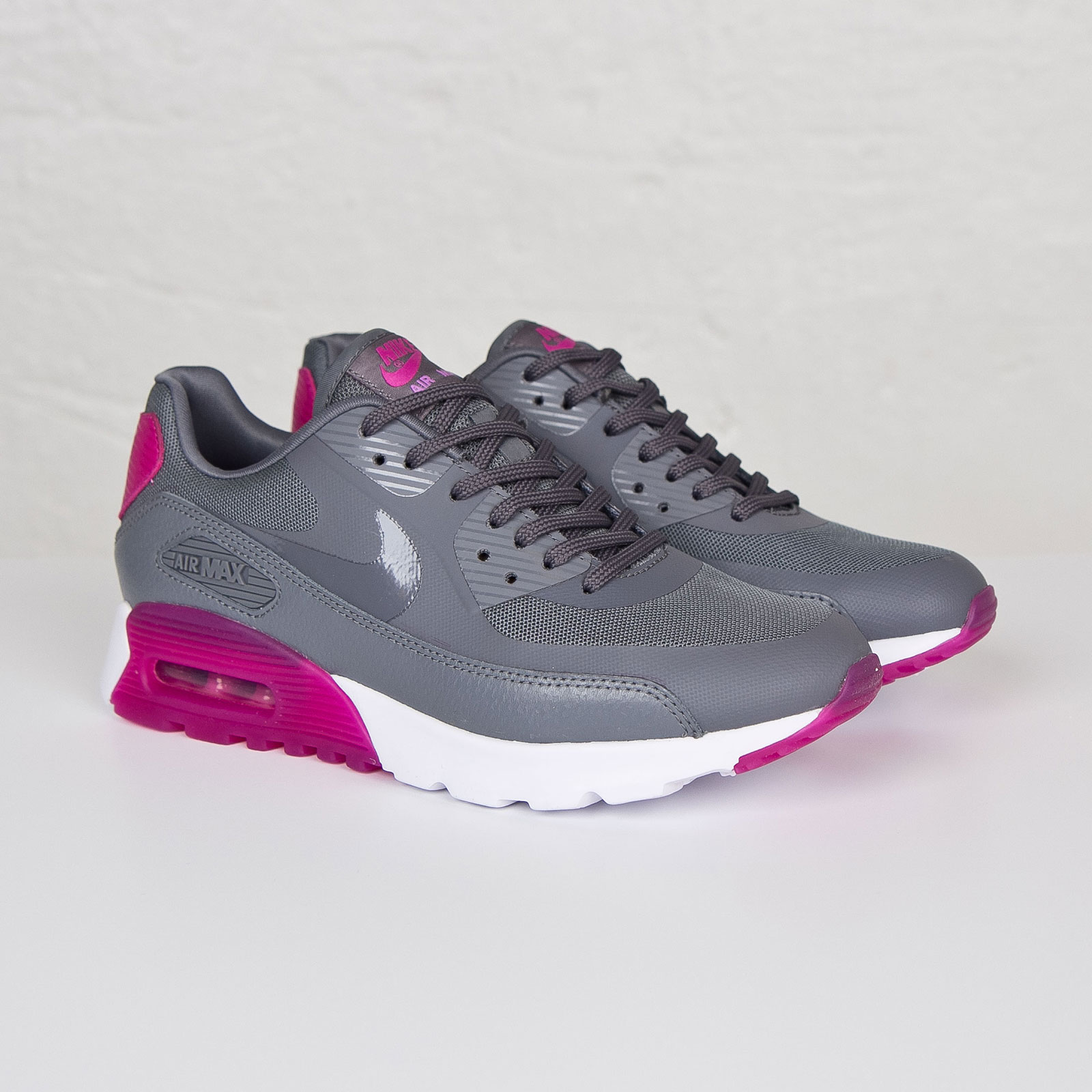 Women's Nike Air Max 90 Ultra Essential Cool GreyFuchsia