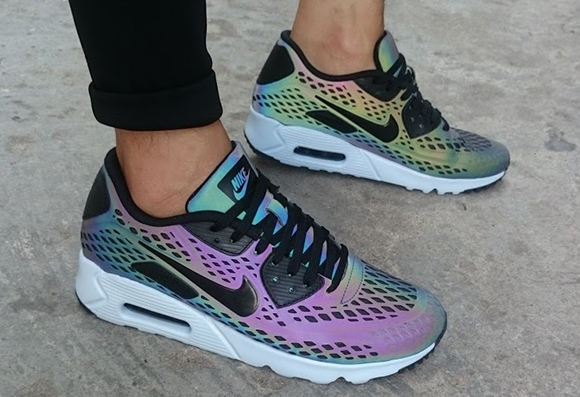 "low priced 5f1ff d2dfa Nike Air Max 90 Ultra Moire ""Holographic"""
