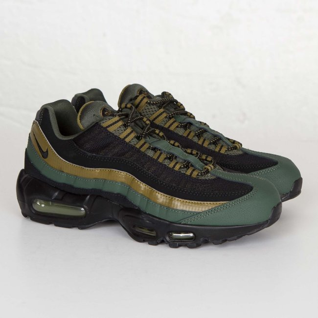 air max 95 black with green