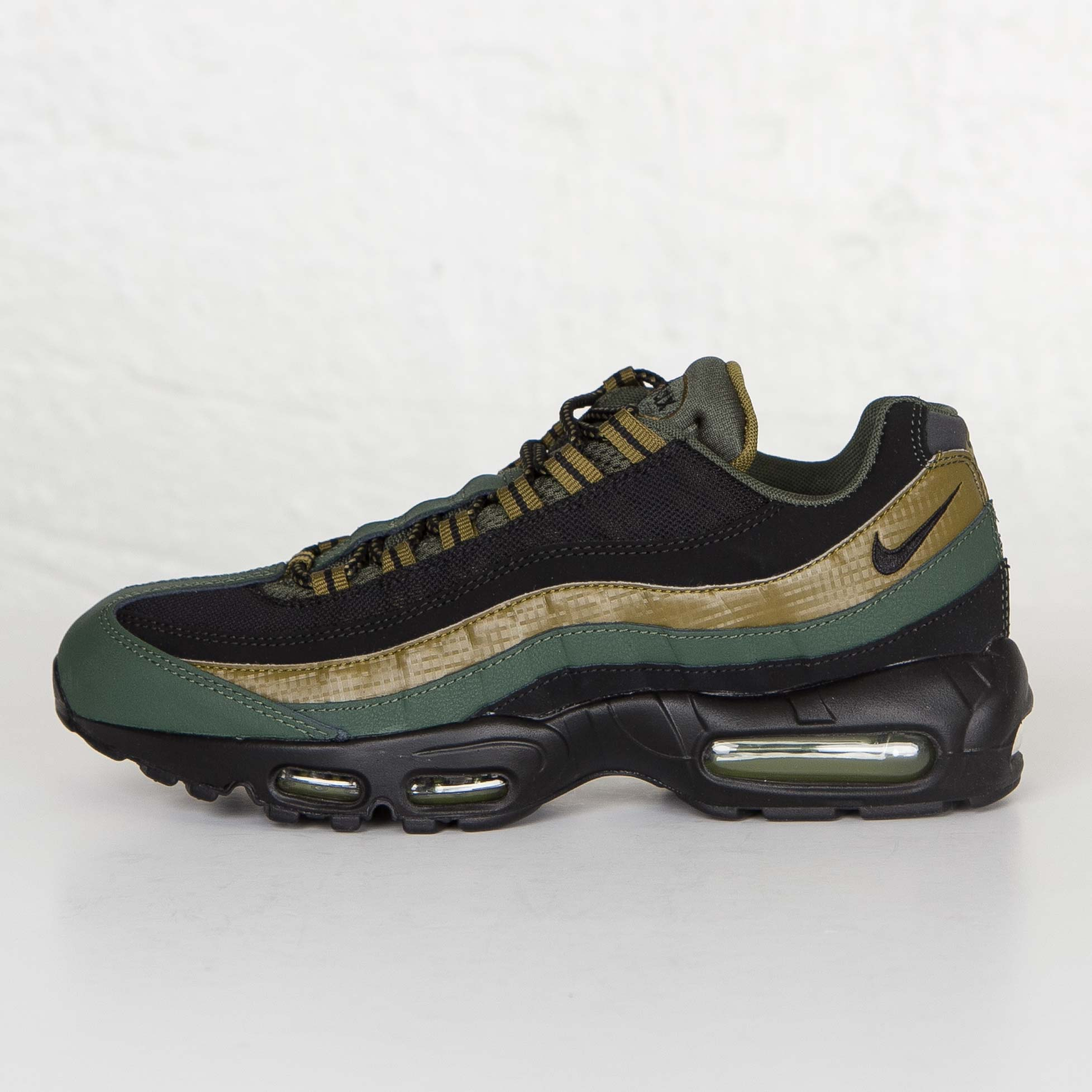 Nike Air Max 95 essential black gold green 749766 300 Mens Running Shoes 749766 300
