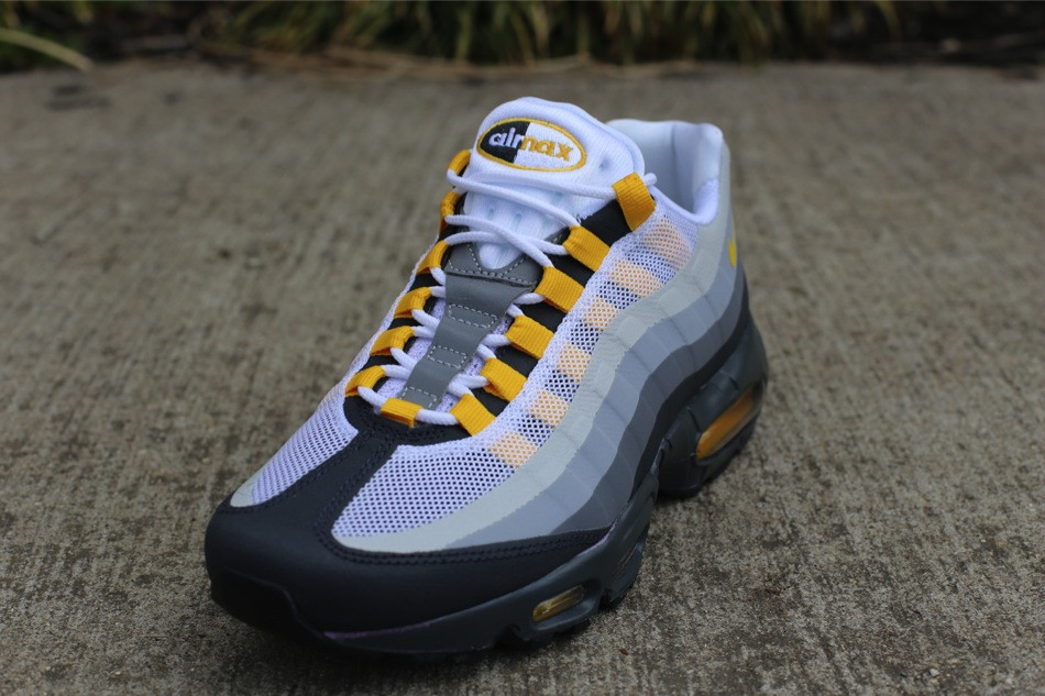Nike Air Max 95 360 Wolf Grey Varsity Red Shoes