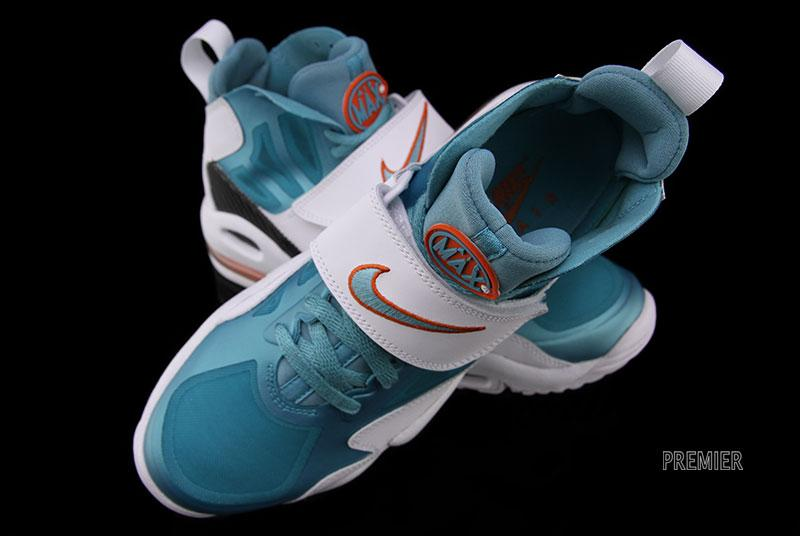 more photos 78433 8ec55 Nike Air Max Express - White Sport Turquoise-Team Orange