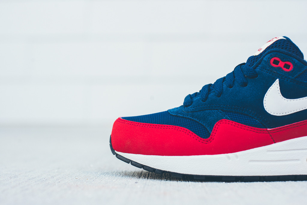 Nike Air Max 1 Essential Chilling Red |