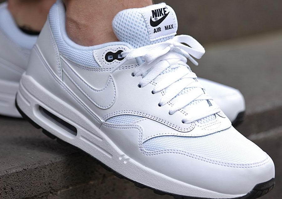 nike air max 1 all white mens