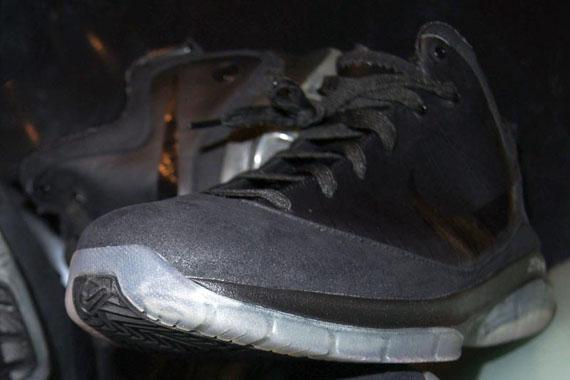 9b1277e1b322 Nike Air Max LeBron VII P.S. Black Wear Test Samples - Air 23 - Air ...
