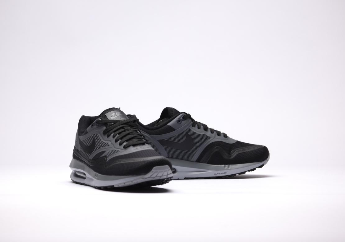 f7a67a9c543e Nike Lunar Max Release