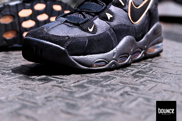 6ad7769140fa Nike Air Max Uptempo 95 - Black   Bronze - Air 23 - Air Jordan ...
