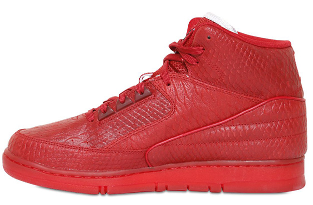 Nike Air Python Color: Gym Red/Black Style: 705066-600