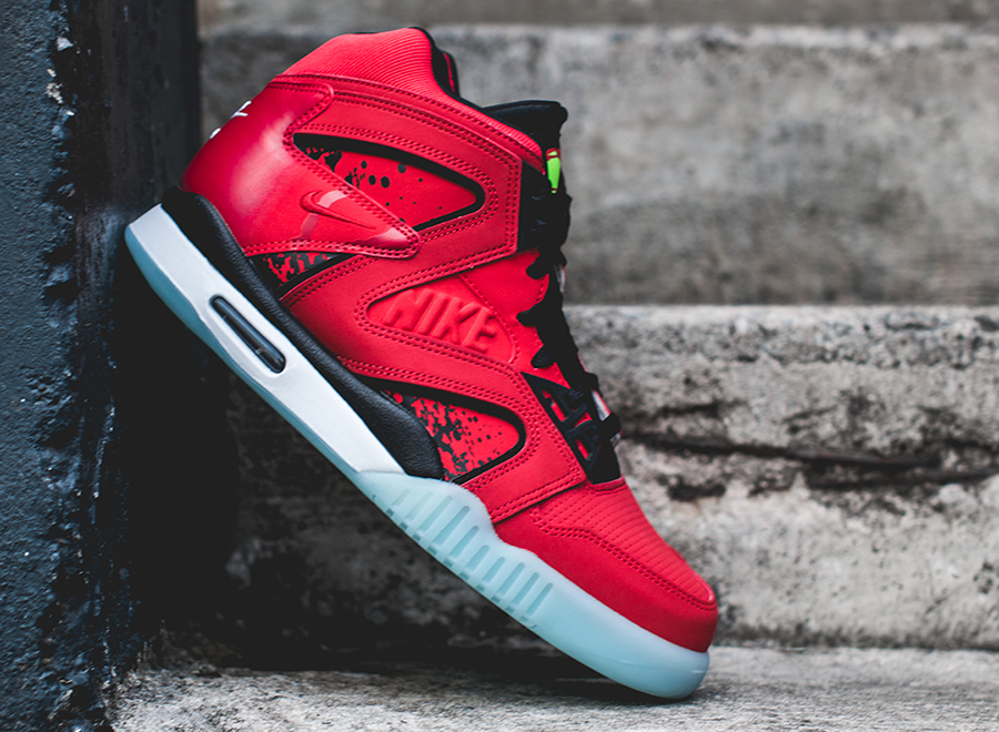 """new style c8db3 853f2 Nike Air Tech Challenge Hybrid """"Chilling Red"""""""