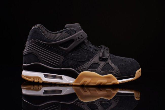 online retailer fe11a a9e34 Air 23 – Air Jordan Release Dates, Foamposite, Air Max, and More