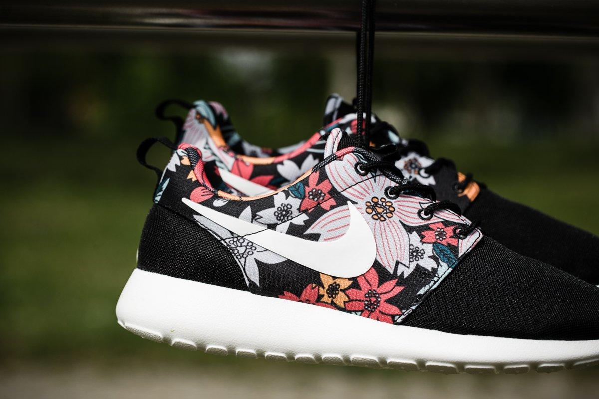 468e064f183b Nike