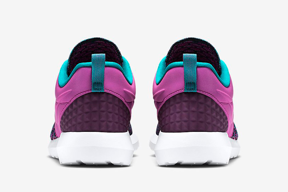 47e4c14c23d1 Nike Flyknit Roshe Run PRM Color  Purple Dusk Grand Purple-Radiant Emerald  Style  746825-500. Nike Roshe Run Men Calypso Pure Platinum Size 10 Men  511881- ...