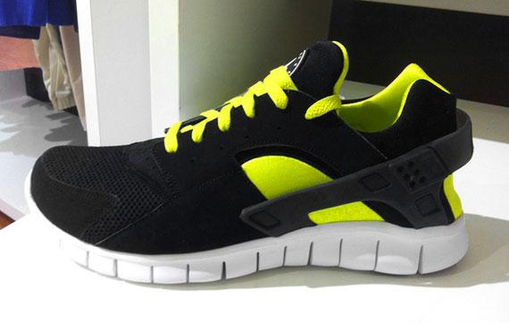 74548c85367b3 Nike Huarache free run + Plus 2012 Size 9.5 teal and grey Carolina panthers  VNDS