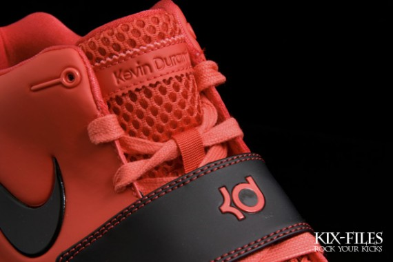 115550638d9c Nike KD2 Color  Daring Red Black-White Style  386423-600. Nike KD 2 II  Kevin Durant ...