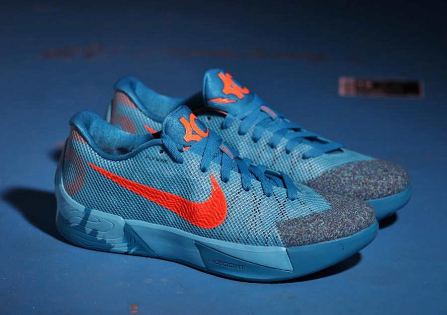 on sale 6a716 32c9b Color  Clearwater Total Orange-Team Orange-Light Blue Style  653657-488.  NEW Nike KD Trey 5 II Men s 653657-378 Kevin Durant BASKETBALL ATHLETIC  SHOES