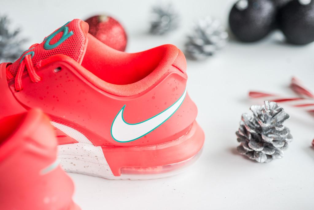 b06e9f8e8575 Nike KD 7
